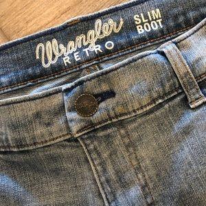Wrangler Slim Boot Jeans size 33x32